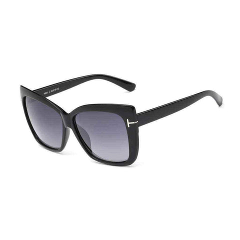 Ray Ban sunglasses With Dark Lens