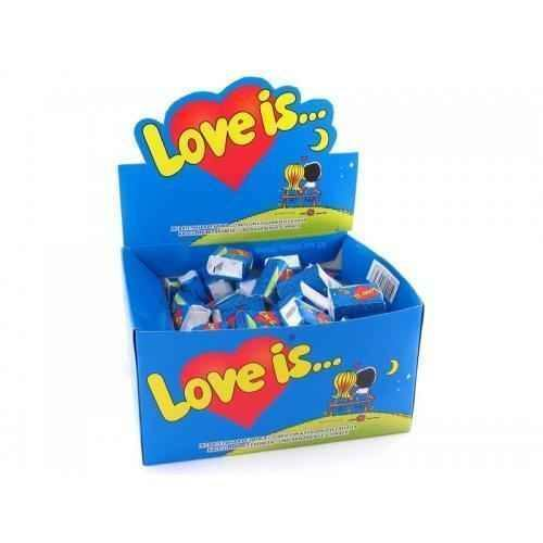 CHEW LOVE IS BANANA AND STRAWBERRY box 100 chewing gum.