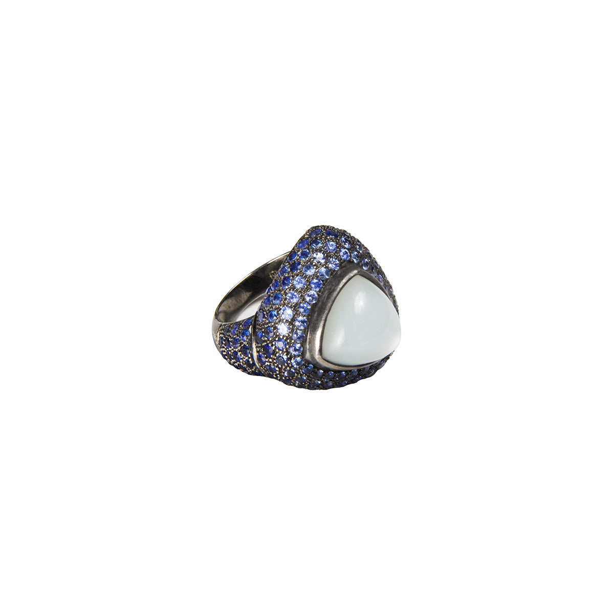 Trillion cabochon ring