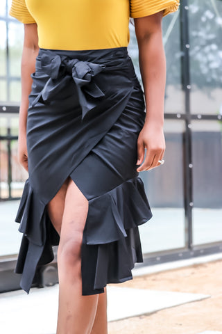 Asymmetrical Peplum Skirt (black)
