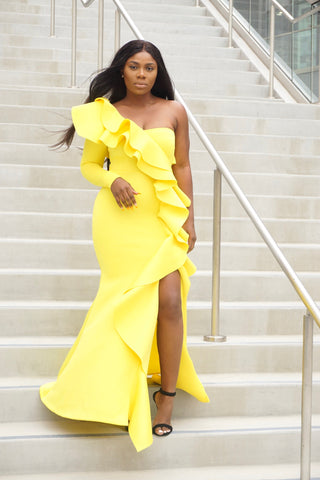 Selena Gown (yellow)