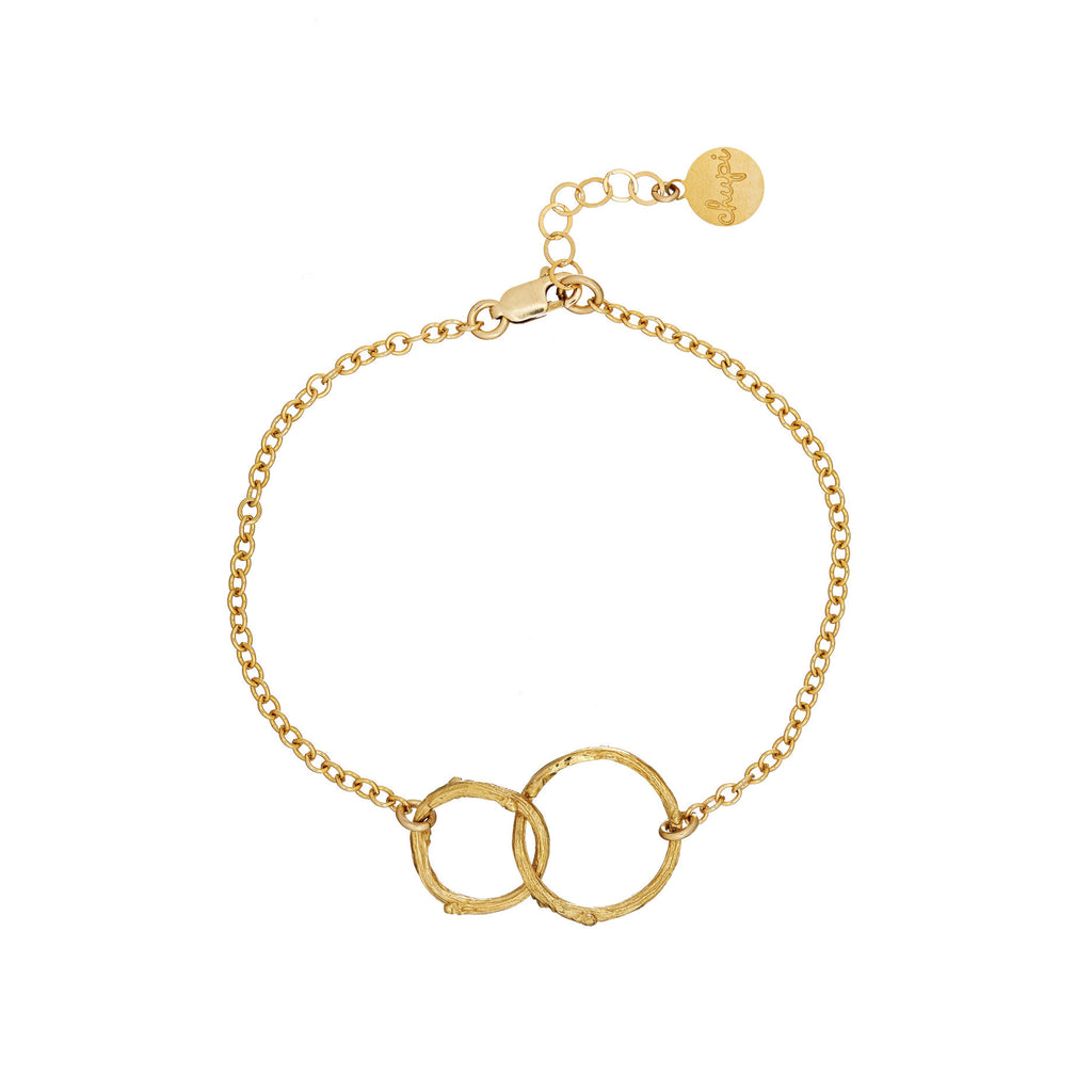 Chupi Just The Two Of Us Hawthorn Twig Circle Bracelet in Gold