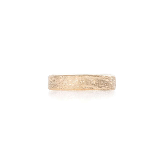 On-body shot of Chupi - Driftwood Wide Band - Mens Wedding Rings