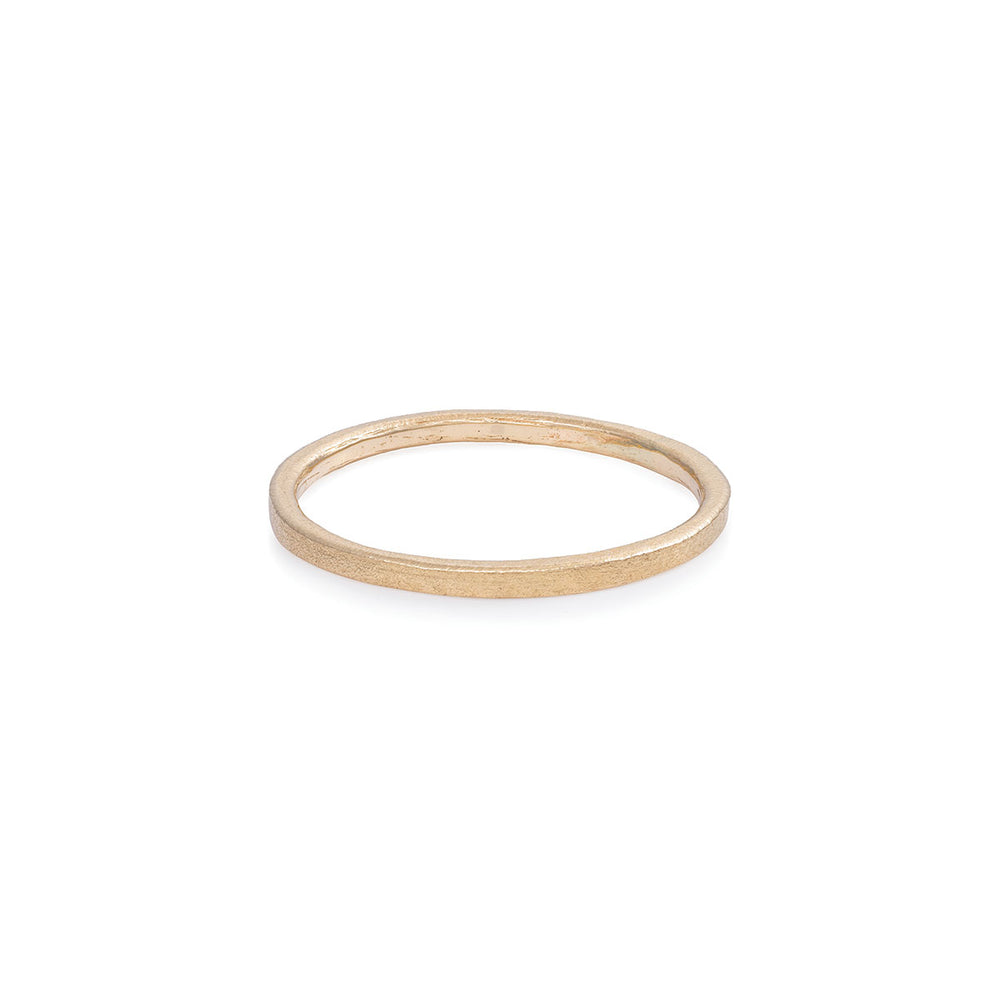 Chupi - Polished Hawthorn Bark Wedding Band - Tiny - Solid Gold Ring