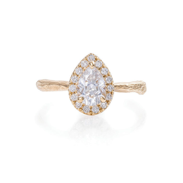 Queen of Hearts - 14k Gold Twig Band Pear Moissanite Halo Ring