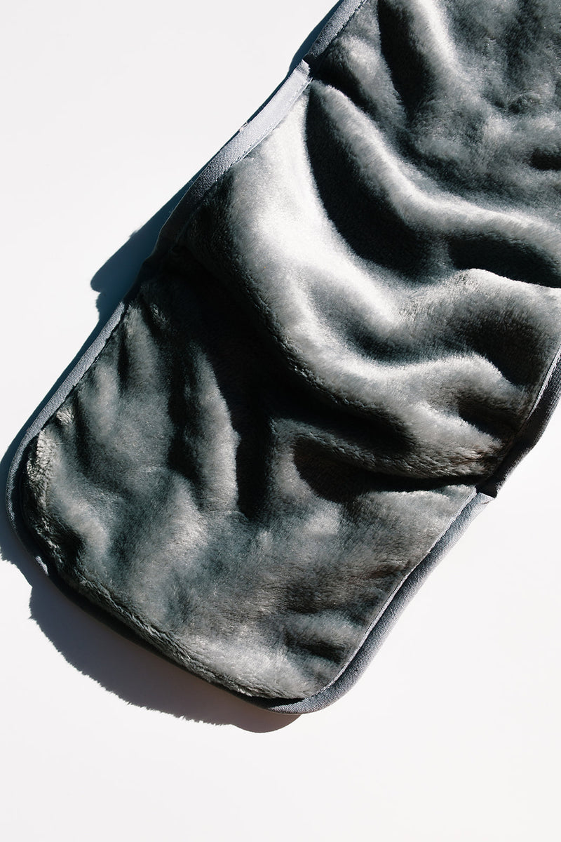 Microfiber Cleansing Cloth - Apothecary Co.