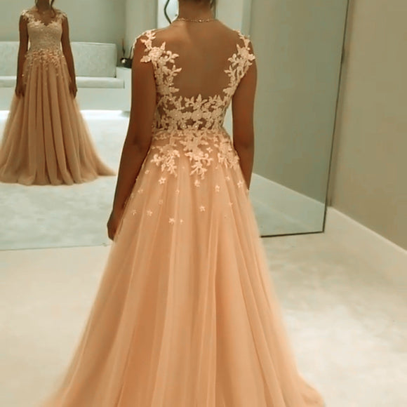 Elegant A Line Long Chiffon Prom Dresses Lace Appliques Evening Gowns 2018