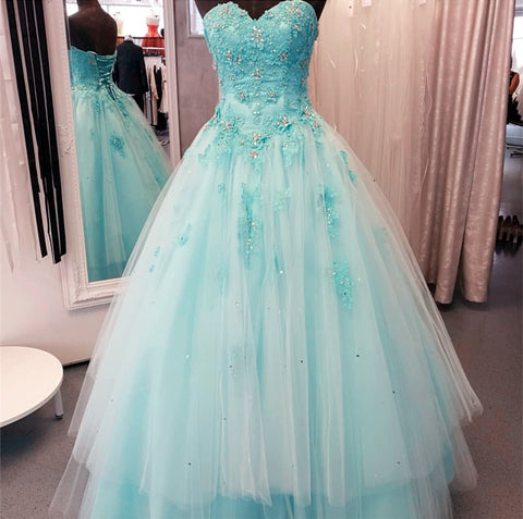 Image of Lace Appliques Beaded Sweetheart Tulle Floor Length Quinceanera Dresses