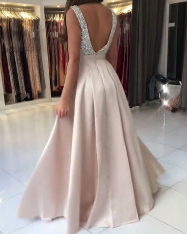Image of Evening-Dresses-Backless