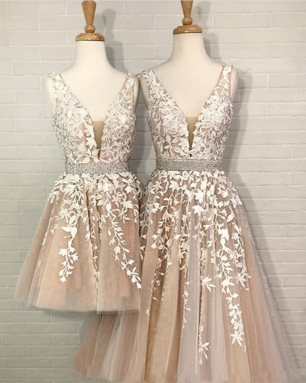 Lace-Prom-Dresses-V-neck-Embroidery-Party-Gowns