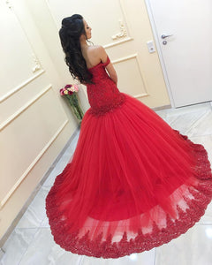 Red-Prom-Dresses-Mermaid-Lace-Evening-Gowns