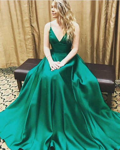 Image of hunter-green-evening-dresses