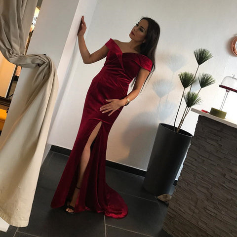 Image of velvet-prom-dress