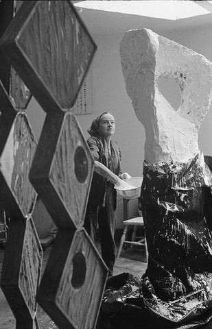 Hepworth in her studio (1964) Getty Images
