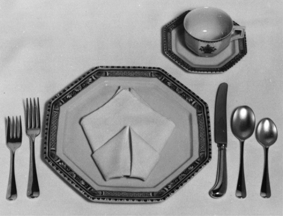 Elegant Simplicity fold, <i>More Decorative Napkin Folding</i>, Lillian Oppenheimer and Natalie Epstein