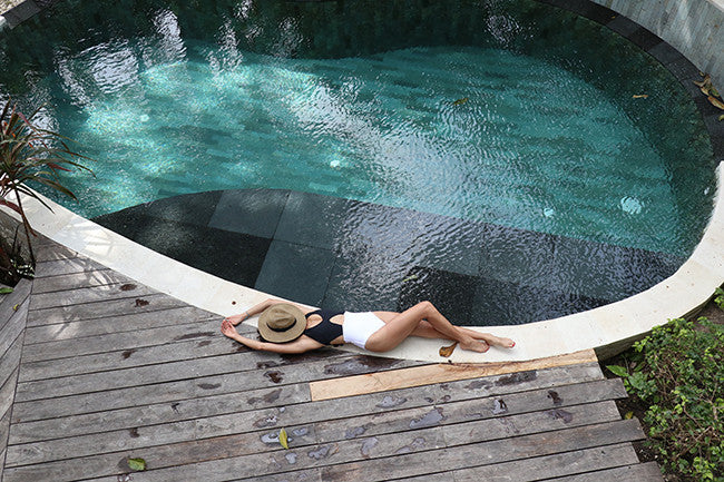 JAMIE CHUNG | MAKES A SPLASH IN BALI