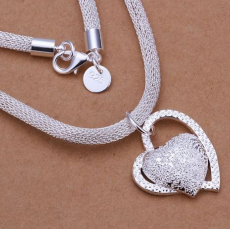 Women's Beautiful Silver Charm Heart Pendant Necklace