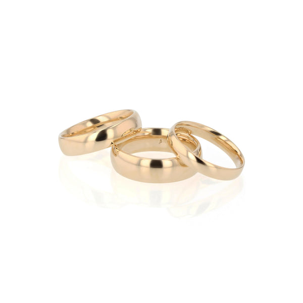 Dome I Mens Wedding Band Gold | Sarah & Sebastian