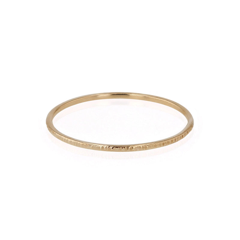 Fine Essence Ring Gold | Sarah & Sebastian