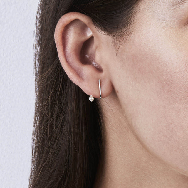 Line Perle Earrings