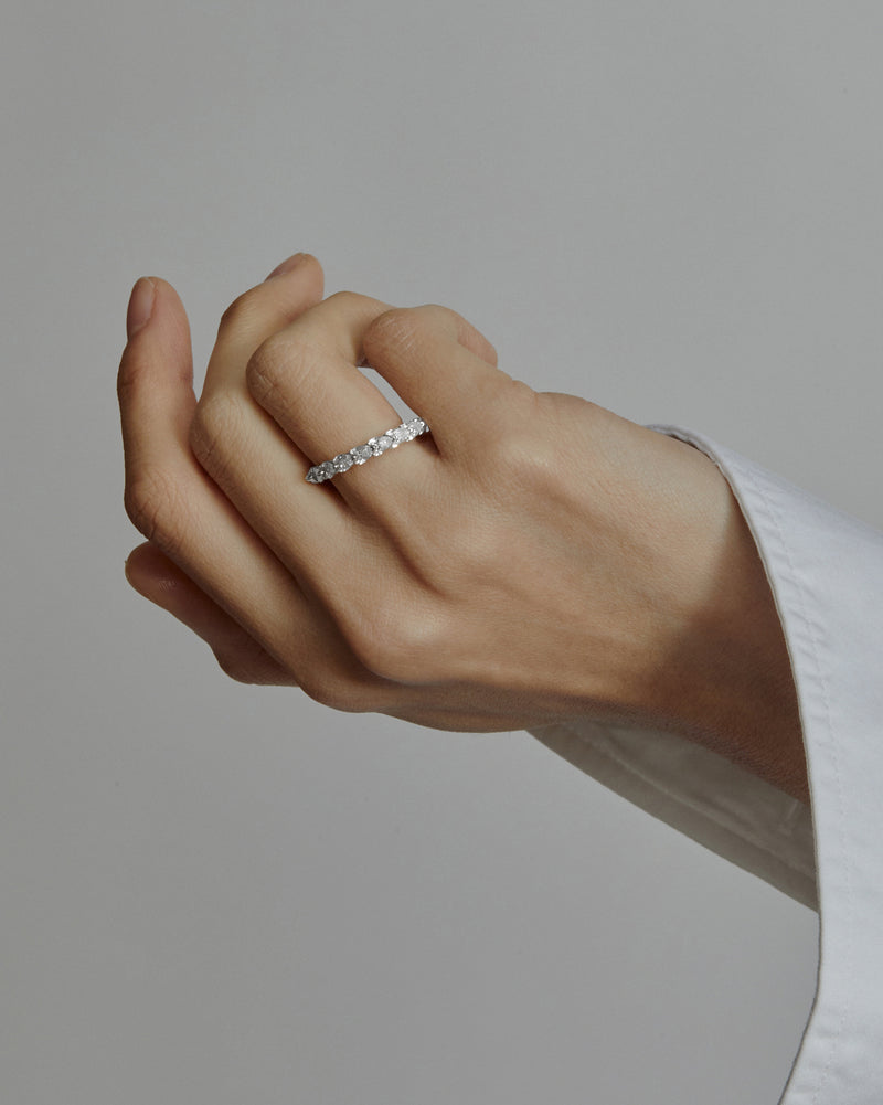 Overlay Pear Ring White Gold | Sarah & Sebastian onBody