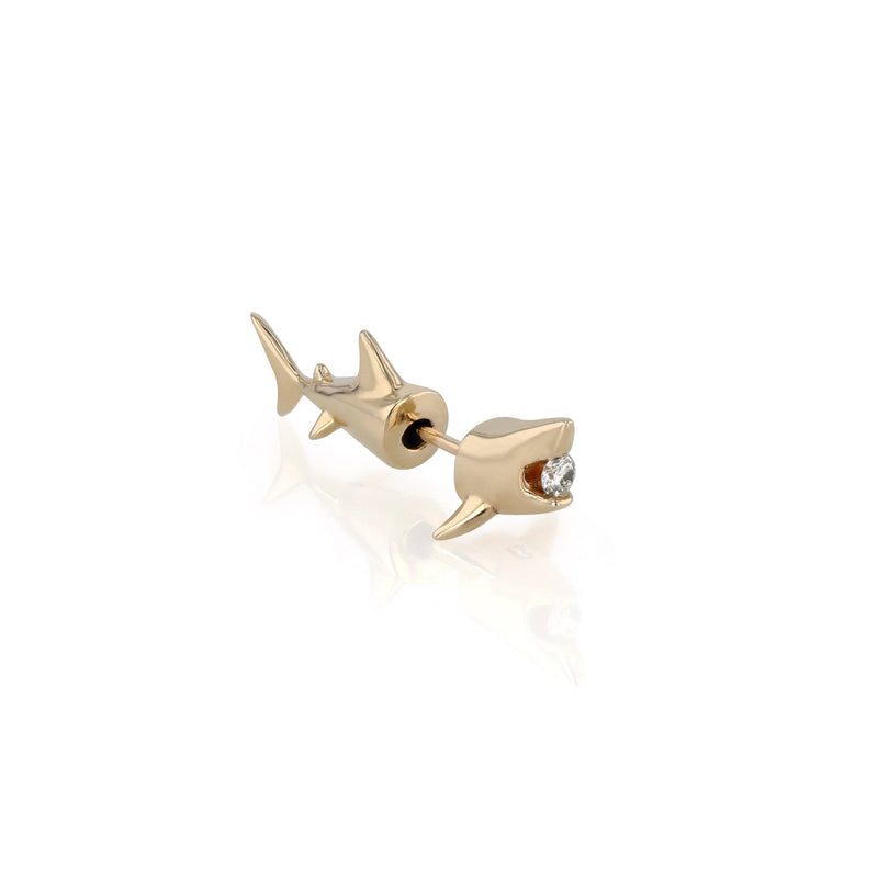 Save our Sharks Earring Gold | Sarah & Sebastian