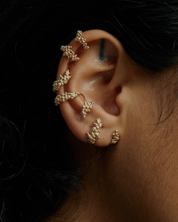 Statement Papilla Ear Cuff Gold | Sarah & Sebastian onBody