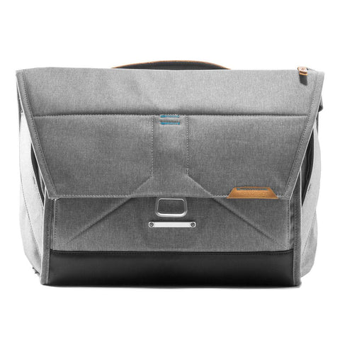 "Copy of Peak Design The Everyday Messenger 15"" Ash"