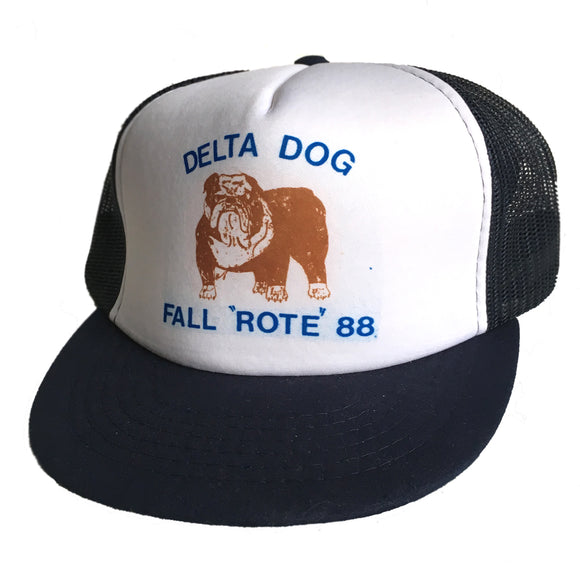 DELTA DOG FALL 'ROTE' 88 VINTAGE SNAP BACK HAT