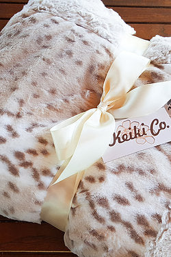 Couture Throw - Snow Leopard