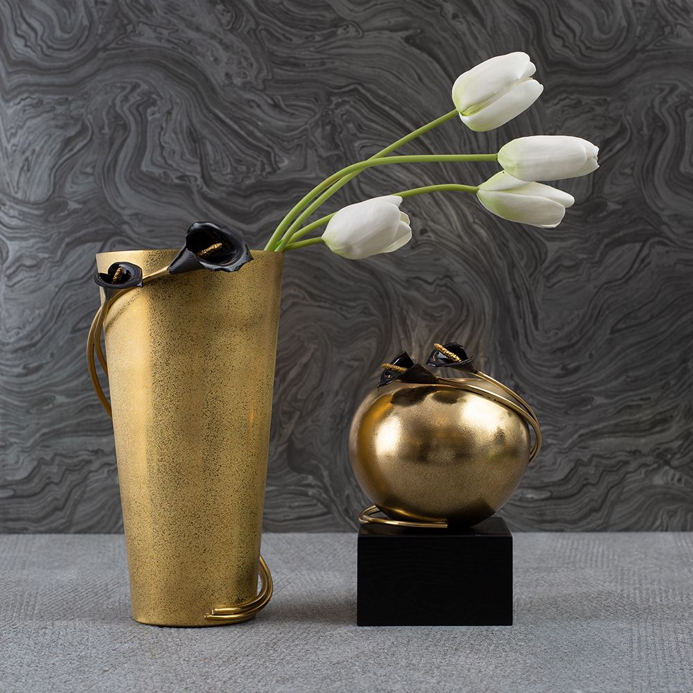 Calla Lily Midnight Vase