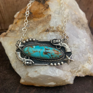 Stunning Baja Turquoise oval bar necklace