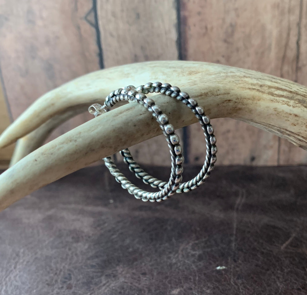 Sterling Silver hoop earrings with Twisted wire