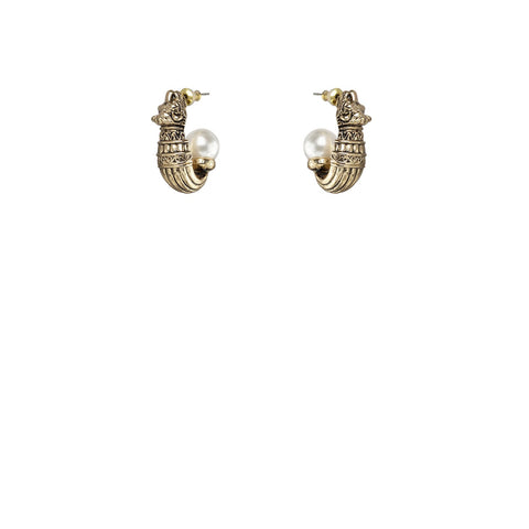 Kitte Isle Stud Earrings - Gold