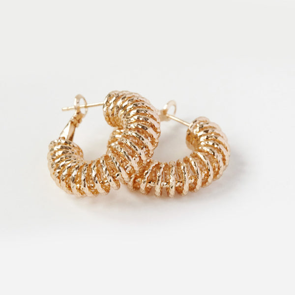 Reliquia Spiral Hoop Earrings - Gold