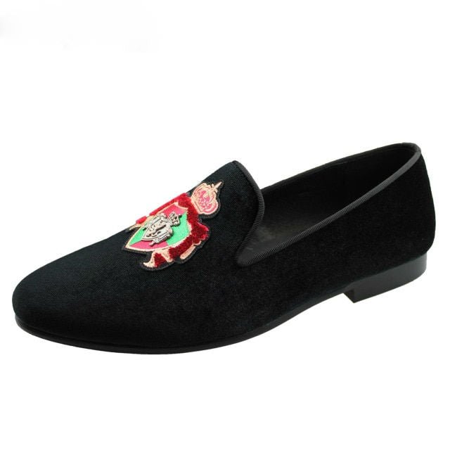 Metal Chain Patched on Embroidery Ornament Detail Men Velvet Loafers