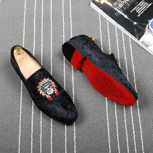 Indian Head Embroidery Men Velvet Loafers Shoes