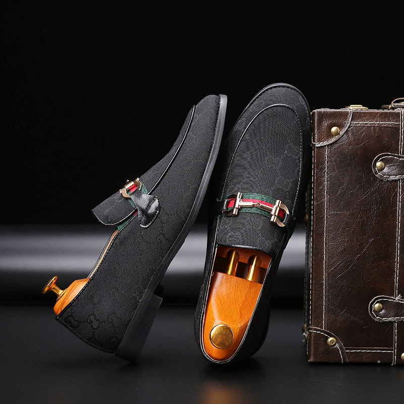 Metal Leather Buckle Men Monogram Loafer Shoes
