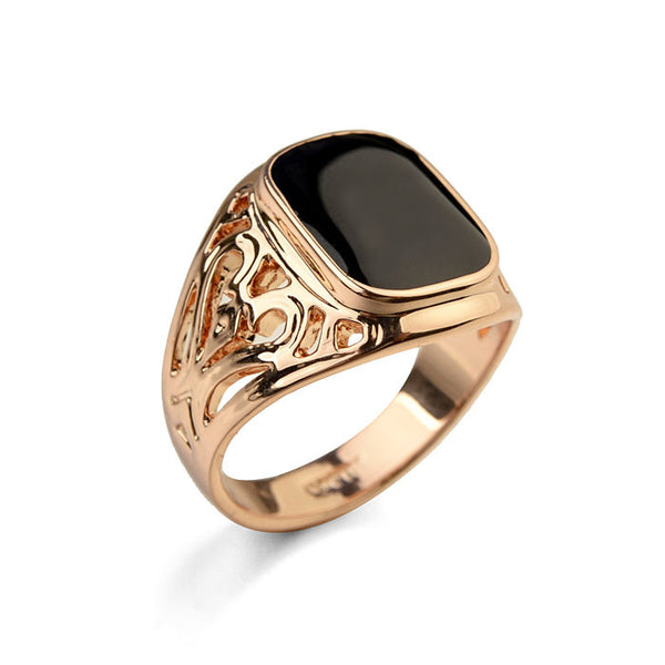 Vintage Style Black Stone Men Ring With Hood Detail