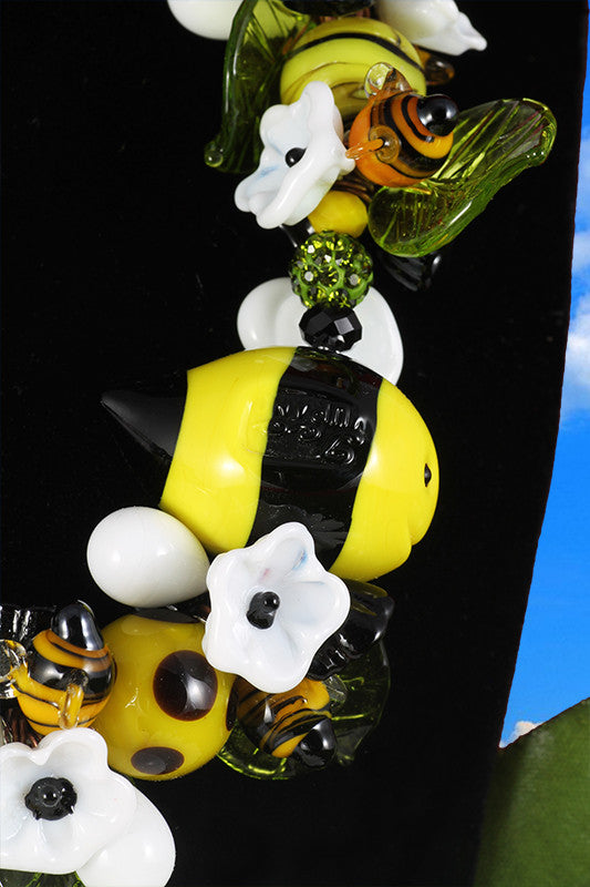 "Bee ""Ape regina"" necklace"