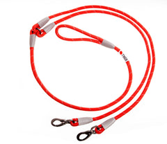 double red climbing rope dog leash with white and black tyker logo and metal clips