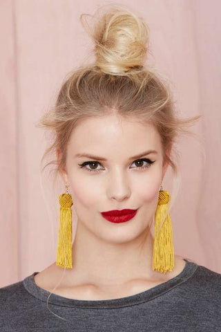 knot-tassel-earrings-navya-online
