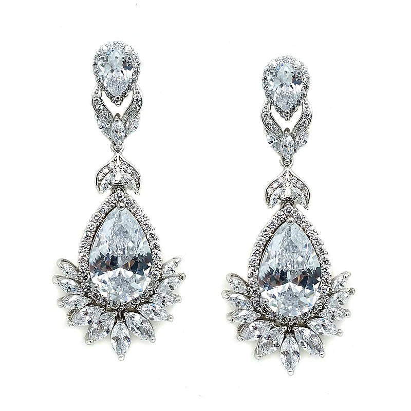 Scarlett Crystal Earrings - Navya