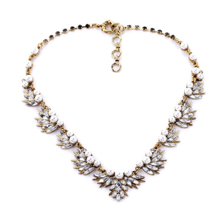 Fairy Fan-Shaped Pearl and Crystal Vintage Statement Necklace - Navya
