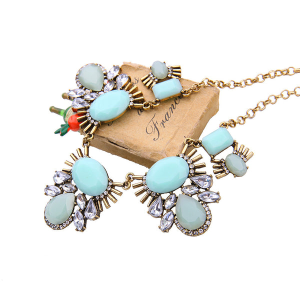 Gold Mint Statement Necklace - Navya