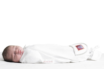 Swaddle bags that allow for safe, simple and hip-healthy swaddling