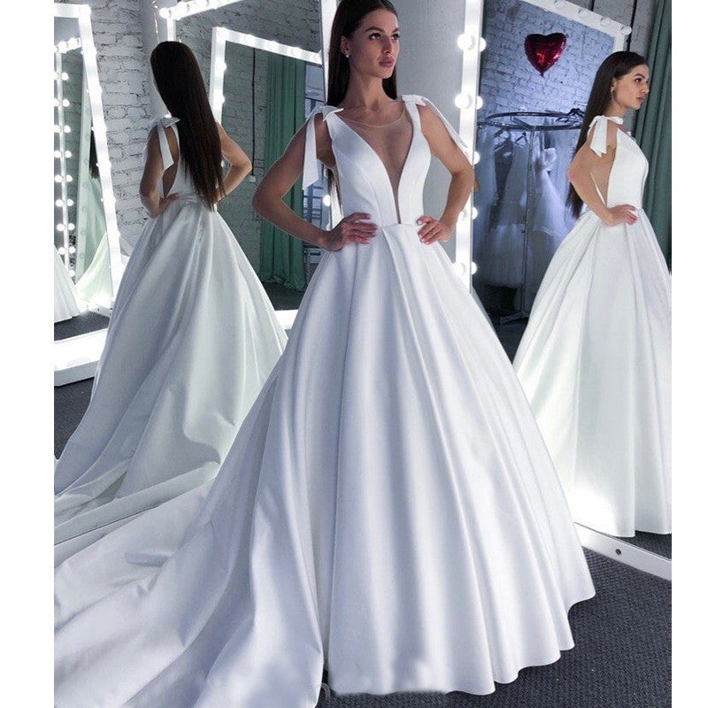A Line Round Neck White Prom Wedding Dress With Bowknot OKQ57