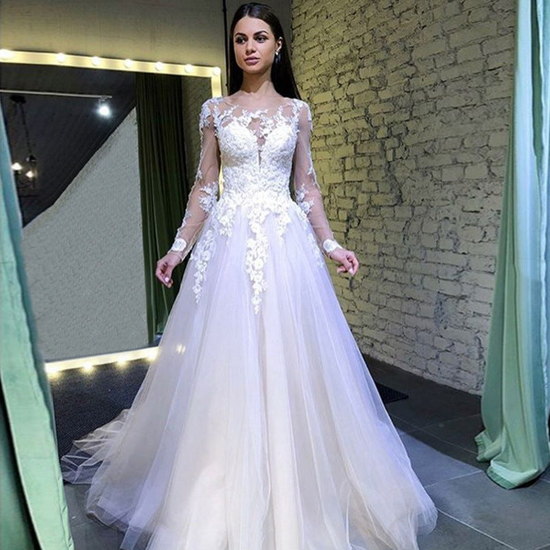 A Line Long Sleeves Round Neck Tulle Lace Appliques Wedding Dresses OKP73
