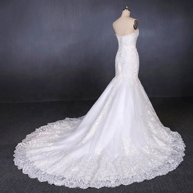 Sweetheart Mermaid Lace Appliques Button Back Long Wedding Dress OKQ29
