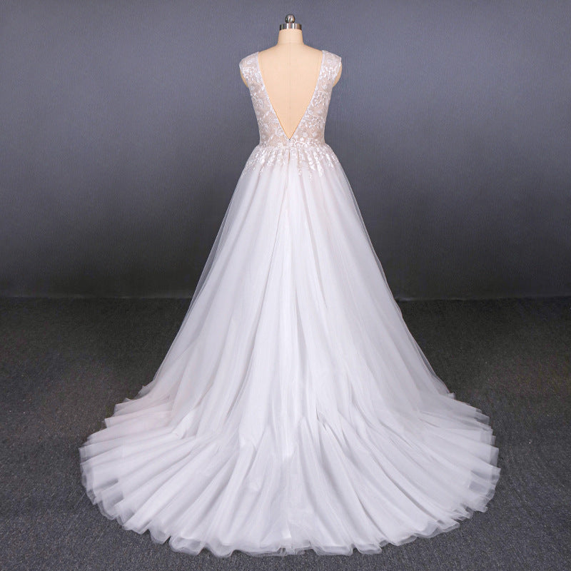 Stunning A Line V Neck Tulle Lace Appliques Wedding Dresses, Bridal Dress OKQ12